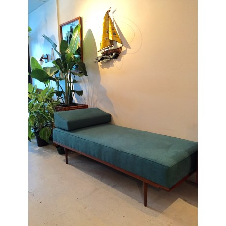 Torsby Daybed in Zepel Green