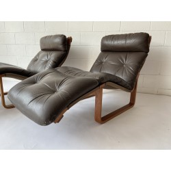 Rare Pair of Fred Lowen designed Tessa T8 Chaise Lounges