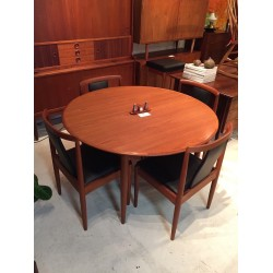 Circular Parker  table with Parker T Back Dining Chairs.
