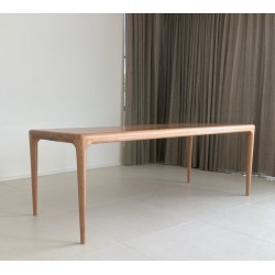 The Deshon - Founds' custom made dining table in solid Oak.